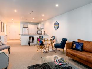 A Real Home in the Central City - 3 Bed & carpark - Auckland Central