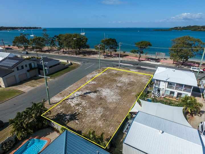 221 Welsby Parade, Bongaree, QLD