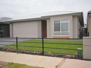 Modern home- Easy to maintain ....... - Largs North