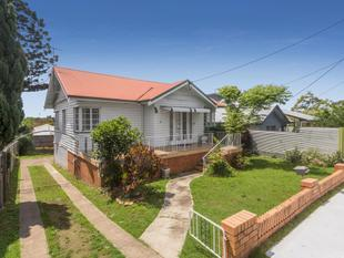 Original Post War on Elevated 610m2 - Chermside