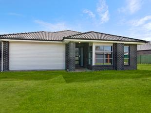 Large and Modern Family Home! - Koroit