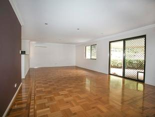 2 Weeks Free Rent - Modern Spacious Townhouse - Carseldine