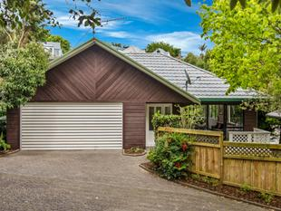 Urban Oasis, Fully Renovated in DGZ - Remuera