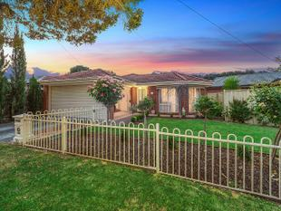 Low-Maintenance Style Meets Convenience - Chirnside Park