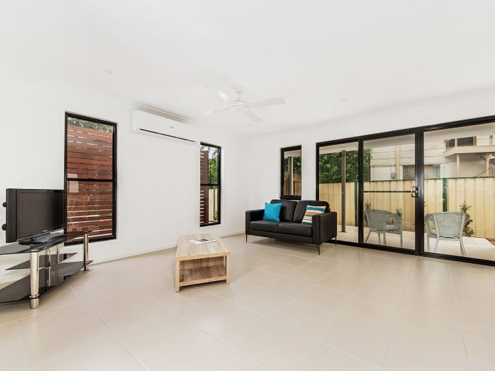 1, 2 and 3/36 Enid Avenue, Southport, QLD
