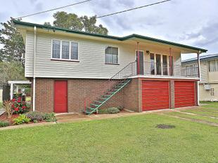 NEAT FAMILY HOME WITH LARGE YARD - Bald Hills