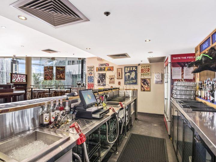 T2.09 'Hogs Breath Cafe' Soul Boardwalk, Cavill Mall, Surfers Paradise, QLD