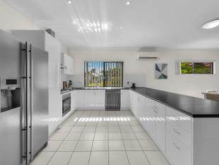 Massive Townhouse - High Quality Throughout - Chermside