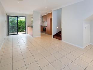 TOWNHOUSE LIVING AT UNIT PRICES! - Clayfield