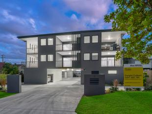 Stunningly Attractive and Brand New Zillmere Apartment - Zillmere