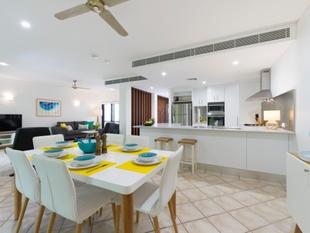 AUCTION - OWNERS HAVE COMMITTED ELSEWHERE - IT TICKS ALL THE BOXES - THE PERFECT PORT DOUGLAS PROPERTY - Port Douglas
