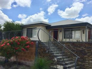 Spacious, well located 4 x 2 - Ellenbrook East