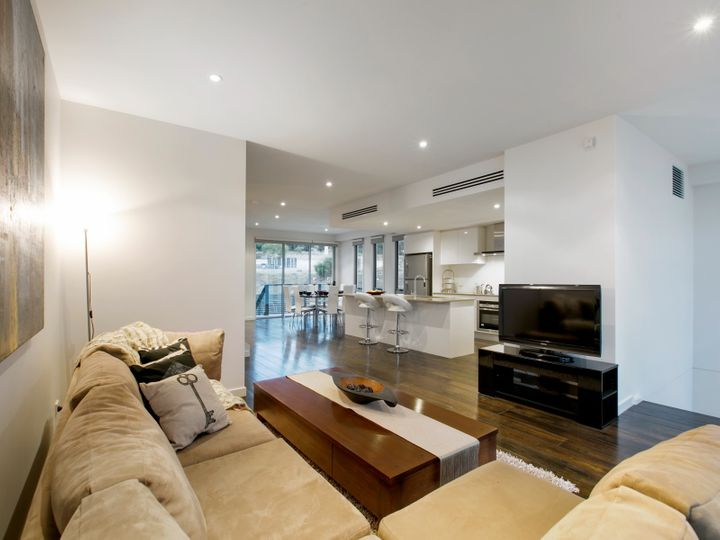 4 Spinnaker Terrace, Safety Beach, VIC
