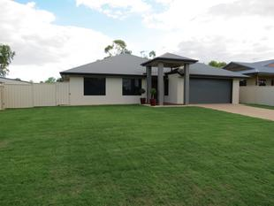 IMMACULATE HOME ON A 1100m ALLOTMENT - Emerald