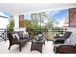 For ever View !!!! Under offer in one hour !!!!! - Mount Ommaney