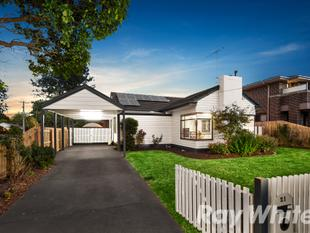 AUCTION THIS SATURDAY - A Premium Position And Lifestyle - Blackburn