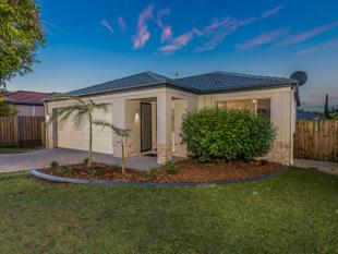 RENOVATED LOWSET IN ONE OF UNDERWOOD'S PREMIER STREETS - Underwood