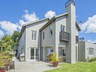 Family Living At Its Finest - Remuera