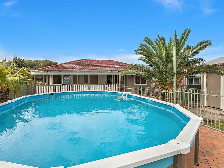 36 Girraween Avenue, Lake Illawarra, NSW