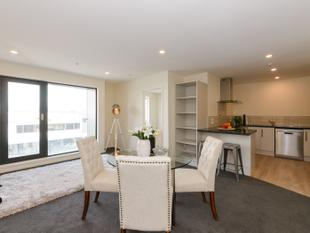 Lock up and Leave, second floor apartment - Central - Palmerston Nth