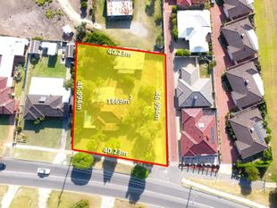 WHOPPING 1869SQM GREEN TITLE ZONED R17.5!! - Thornlie