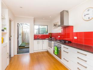 MUST SELL #TellYourFriends - Papatoetoe