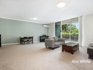 Stunning two bedroom plus study apartment - Castle Hill