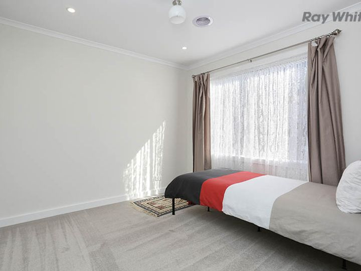4 Tribute Court, Point Cook, VIC