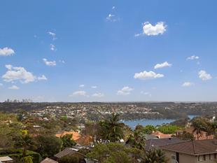 Newly Renovated Sunny Apartment With Middle Harbour Views - Mosman