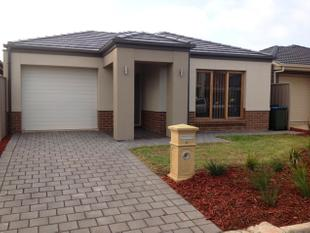 CAMPBELLTOWN - 3 bedroom House - Campbelltown