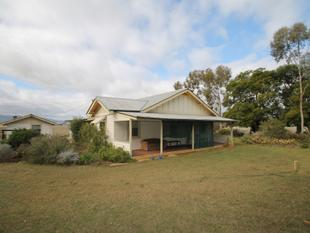 10 ACRE LIFESTYLE PROPERTY CLOSE TO TOWN - Quirindi