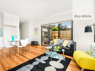 First-Class Location! - Fawkner