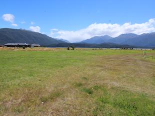 Corner Section on reserve - Te Anau