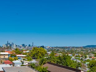 NOTHING BUT BLUE SKIES - Clayfield