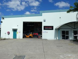Warehouse With Easy Access - Meadowbrook