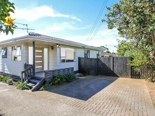 Fabulous First Home Find - $769,000 - Mount Wellington