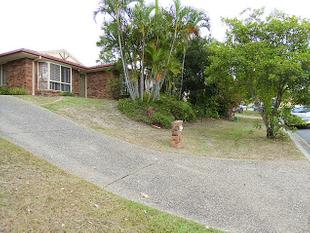 Spacious Four Bedroom Home - Middle Park