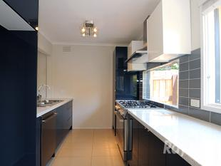 Two Bed Two Bath in a Sensational Seaford Locale! - Seaford