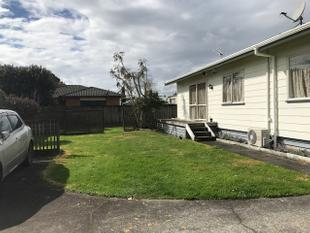 Move in for Christmas.... - Papakura
