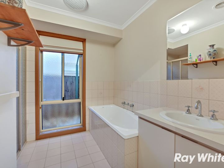 8 Mailrun Court, Hoppers Crossing, VIC