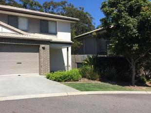 IMMACULATE MODERN TOWNHOUSE VACANT AND READY FOR NEW TENANTS - Eight Mile Plains