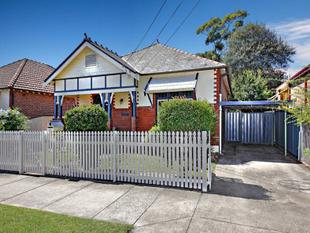 CHARMING CALIFORNIAN BUNGALOW........CONTACT OMRAN 0422 807 874 - Ashfield