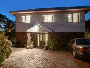 Dual Living At Its Best With Bay Views!! - Rye
