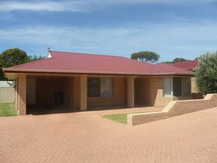 3 x 2 Home in quiet complex - Rent Reduced! - Hopetoun