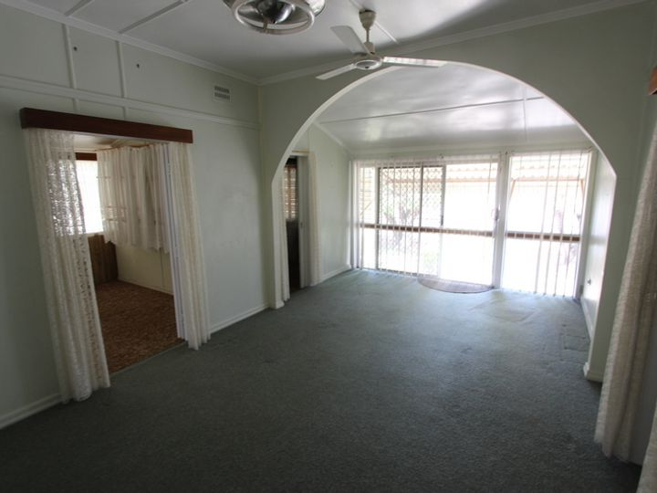 86 Parry Street, Charleville, QLD