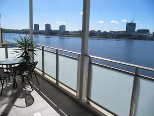Absolute Waterfront - Wentworth Point