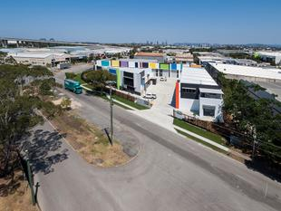 SELLING FAST! 149sqm* BRAND NEW TILT PANEL OFFICE/ WAREHOUSE/ WORK STORE / MAN CAVE - Eagle Farm