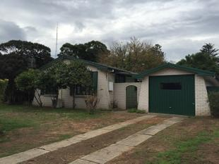 Fully Renovated 3 Bedroom Home - Singleton