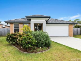 MODERN FAMILY HOME + 670M2 BLOCK - Burpengary