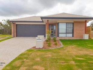 Near New and Priced to Rent - Ideal Family Home - North Lakes